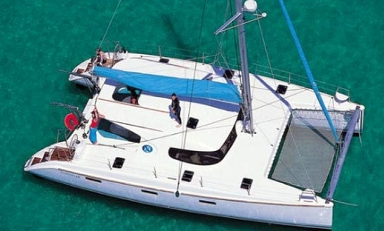 40' Catamaran Charter In Greece