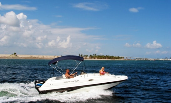 Rent Starcraft 21' Deck Boat In Riviera Beach