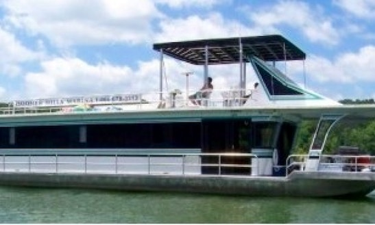 Jamestowner Houseboat Rental In Celestine