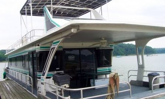 16' X 72' Jamestowner Houseboat Rental