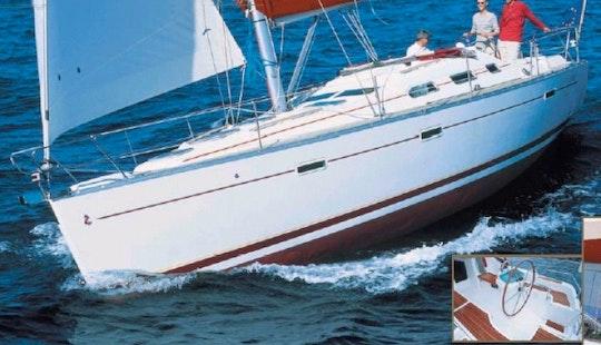 Charter Lady Iris In Aegean Sea