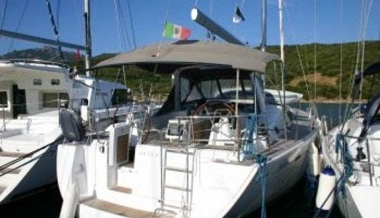 Charter Your Own Oceanis 50 Family Sailboat In Pontedera, Italy