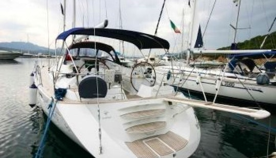 Sun Odyssey 54 Ds Charter In Pondetera
