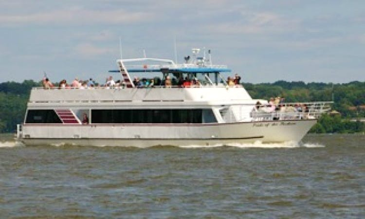 Hudson River Adventures by passenger boat