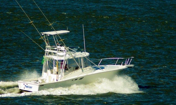 """32ft """"Reelizer"""" Luhrs Sportfisherman Boat Charter in Longport, New Jersey"""