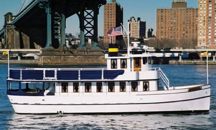 "62ft ""Noa Danielle"" Private Classic Yacht Charter on the New York Harbor"