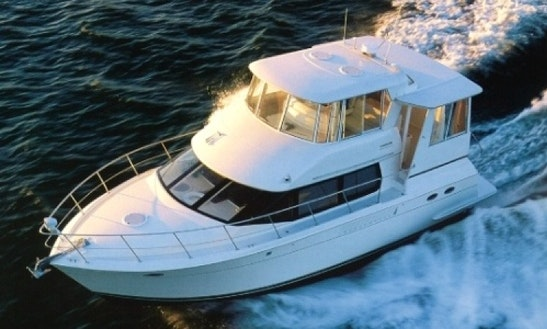 Charter Island Lady 45' Power Yacht In Caribbean