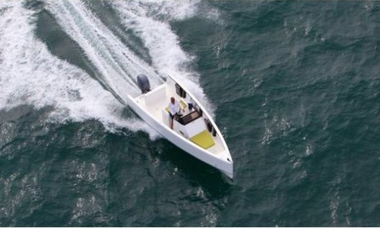 Rent Smart Boat 23' Center Console In Canet-en-roussillon France