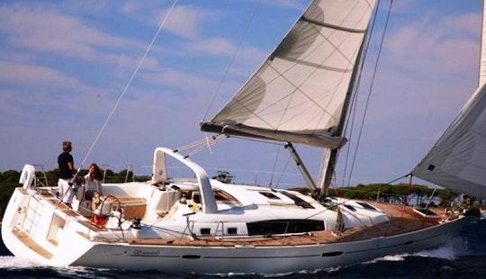 Charter Beneteau Oceanis 50 Sailing Yacht