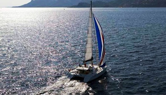 Charter Lagoon 440 Catamaran In The Caribbean