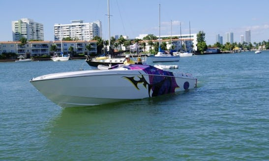 35' Motor Yacht Cigarette Cafe Racer In Miami Beach, Florida