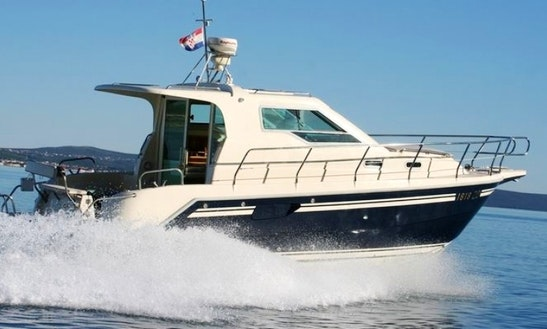 Vektor 950 Motor Yacht Charter In Croatia