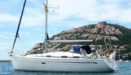 Charter A Bavaria 37 Cruiser For 8 People In Stockholm County, Sweden