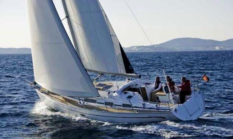 38' Bavaria Cruiser Cruising Monohull Charter in Sweden For 8 People