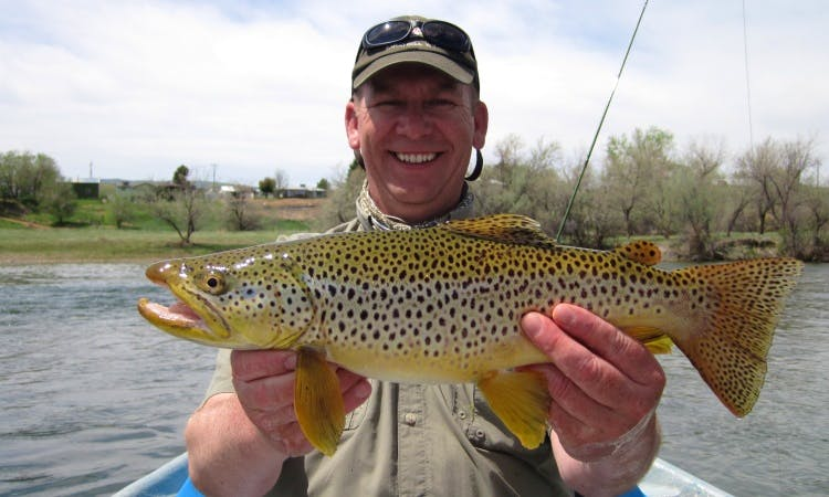 Guided fly fishing by Driftboat or Raft in Saratoga