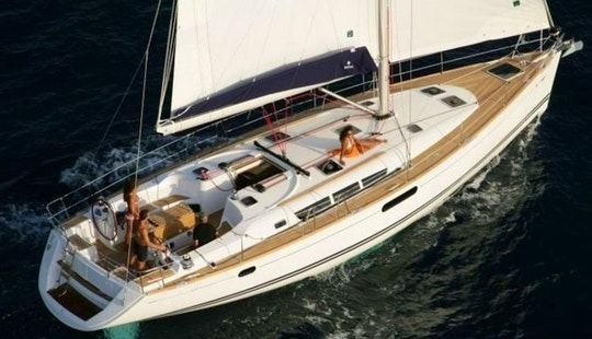 Sailboat Charter In Greece