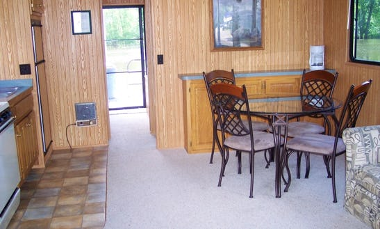 Rent A 15' X 42' Family Houseboat