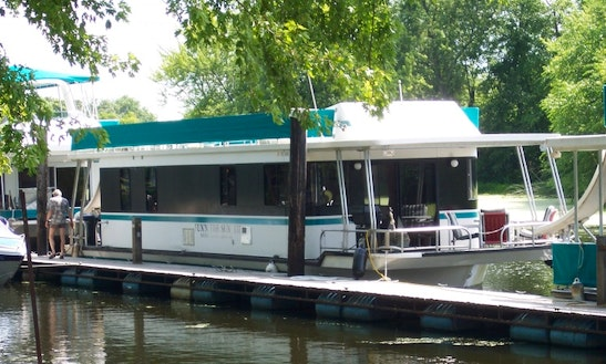 15x55 4 Stateroom Houseboat For Rent In Alma, Wi