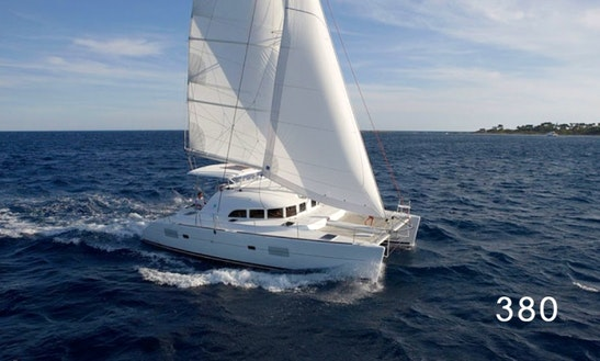 Charter Cat Lagoon 380 In Messina