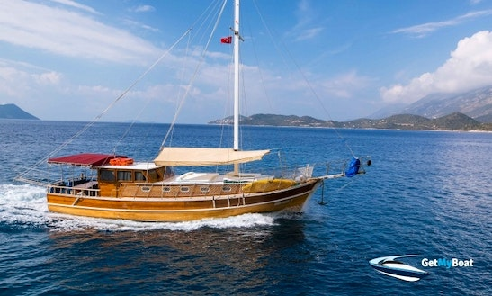 Crewed Gulet Cruise In Turkey