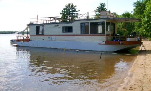 Charter a 52' Houseboat in Ontario, Canada for 8 people
