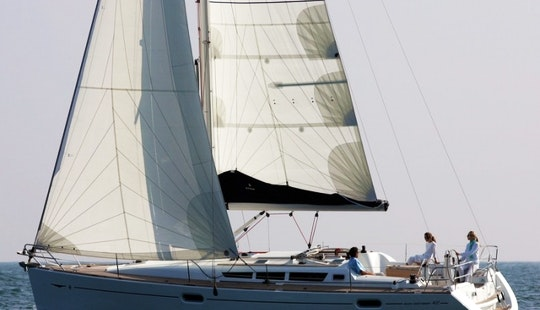 Charter A Jeaneau Sun Odyssey 42i Cruising Monohull For 8 Persons In Hisarönü, Turkey