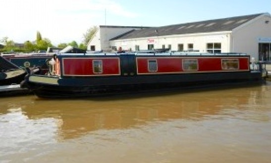 Narrowboat Don Giovanni 6 Berth 55 Ft