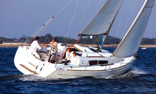 Charter A Jeanneau Sun Odyssey 36i In Holland