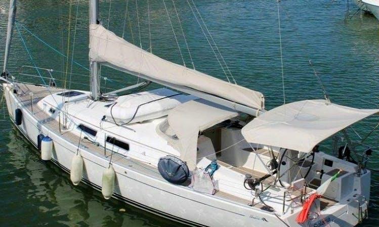 Marina di Scarlino Hanse 370e Charter in Tuscany