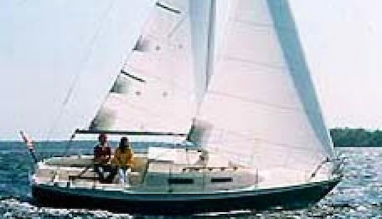 26' Cruising Monohull Rental In Boston, Massachusetts