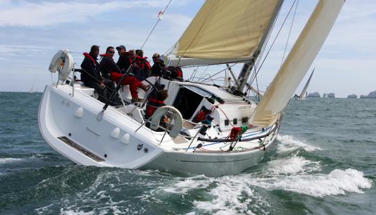 Charter Libeccio Elan 40 Sailing Yacht In Southampton