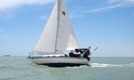 Hunter 30 Sailing Charter In Port Isabel