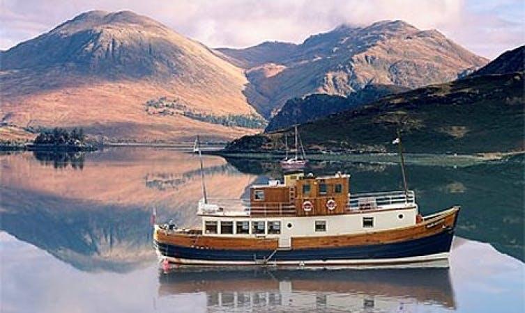 Glen Massan Trawler, Cruise Private Charter, Sandbank Scotland