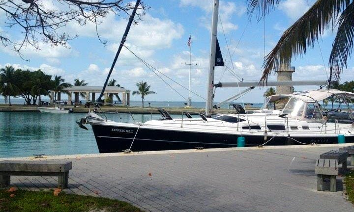 2006 Hunter 44' Sloop Sailing Charter In Island Heights, New Jersey