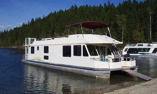 15 Sleeper Houseboat Rental In Cranbrook, Bc