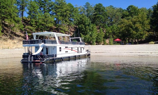 Lizzy Lu Houseboat Rental On Lake Ouachita