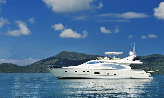 Motor Yacht Charter In Ko Tao: Ferretti 680