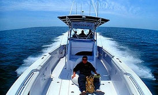 38ft Donzi Sport Fisherman Boat Charter In Narragansett, Rhode Island