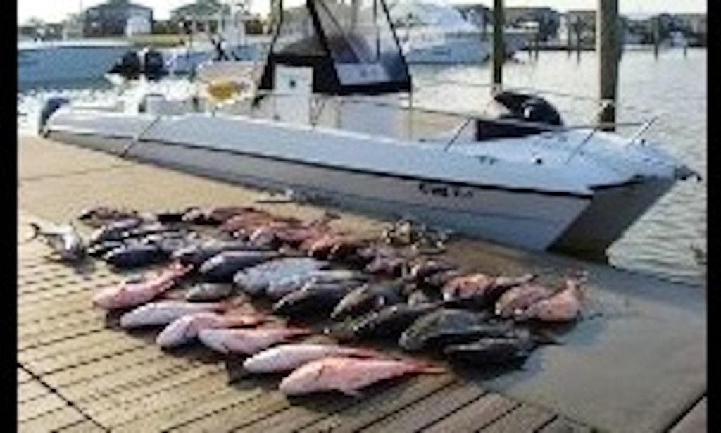 55ft motor yacht fishing boat charter in venice louisiana for Venice louisiana fishing charters