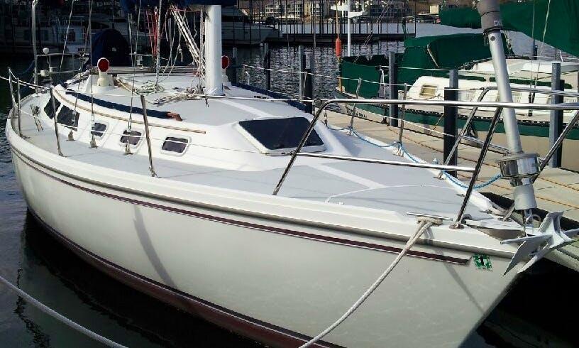 34' Catalina Sailboat Rental in Lake Ozark