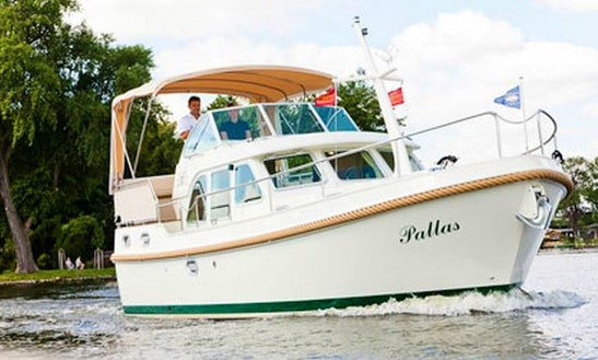 Linssen 29.9 Trawler For Rent In Zehdenick, Germany