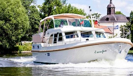 Linssen 40.9 Trawler For Rent In Zehdenick, Germany