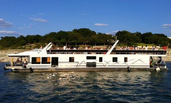 110' Houseboat Rental In Leander, Tx