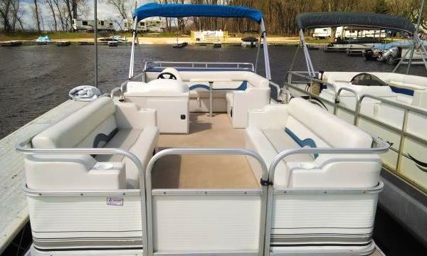 Rent 24' Landau Pontoon Boat in Stoddard, WI
