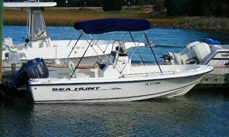 17' Sea Hunt Center Console Rental in Fernandina Beach, Florida