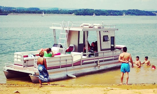 Rent A 1993 Riviera Cruiser Pontoon For 16 People In Jefferson City, Tennessee