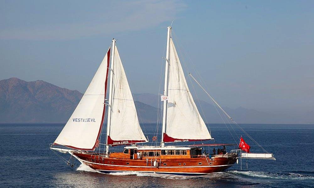 Beautiful 16 Person Turkish Sailing Gulet to Cruise in Marmaris, Turkey
