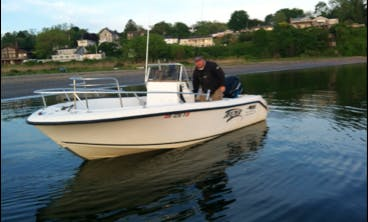19ft Mako Center Console Boat Charter in Newport, Rhode Island