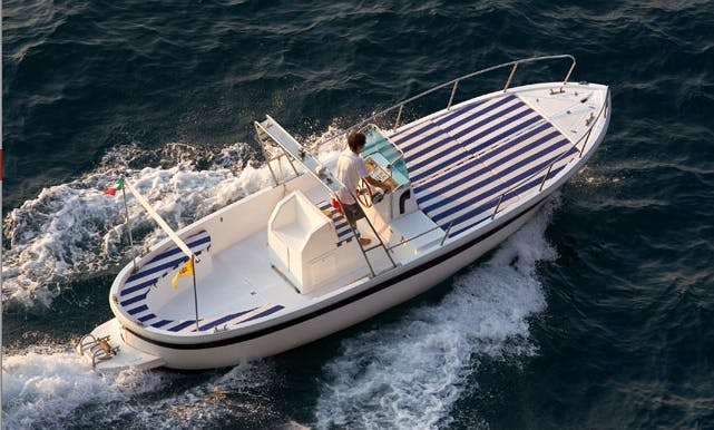 Center Console Rental in Sorrento