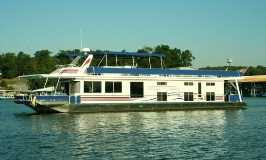 Houseboat Rental In Gilbertsville